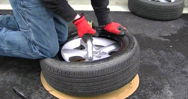 How to Change a Tire by Yourself
