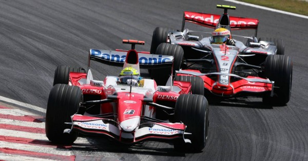 F1 Racing Lovers : Join The Car Race This Year